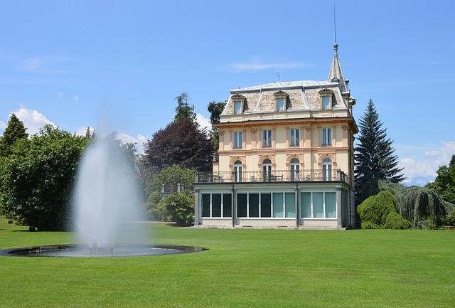 Castle, Garden, Fountain, Rush, Park, Plant, Meadow