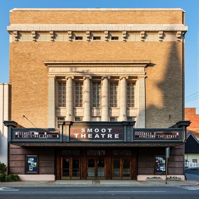 Parkersburg, West Virginia, Smoot Theatre, Theater