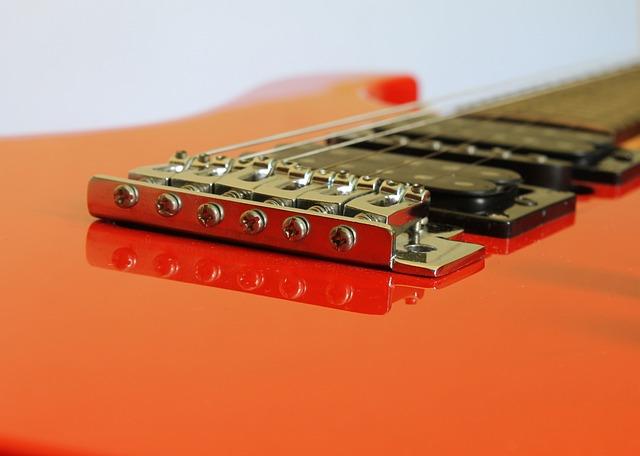 Guitar, Bridge Guitar, Easel Guitar, Part Guitar, Ropes
