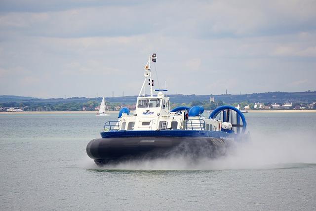 Hovercraft, Acv, Isle Of Wight, Passenger Transport