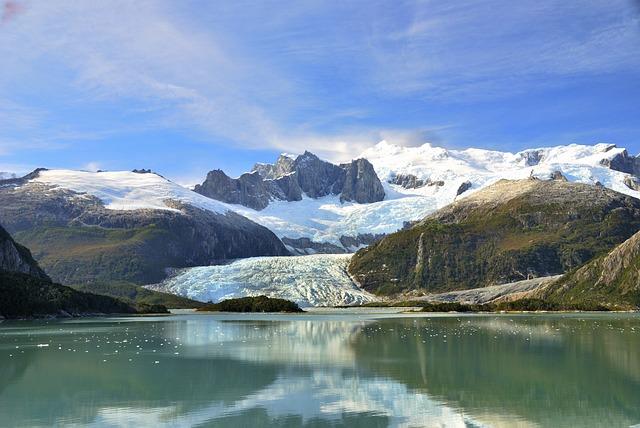 Cruise, Patagonia, Chile, Argentina