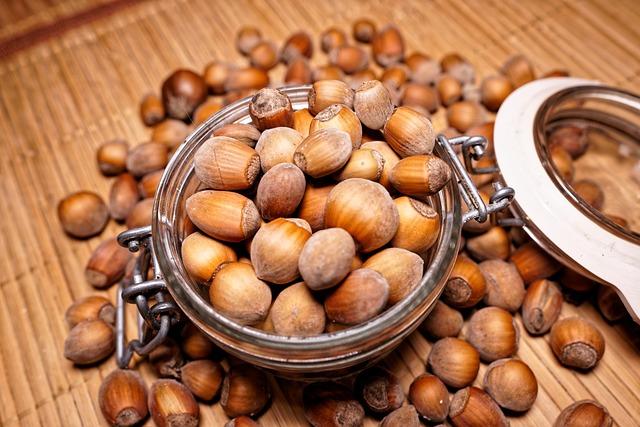 Nuts, Organic, Bio, Walnuts, Nut, Walnut, Peanuts