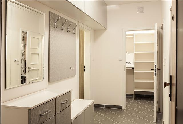 Be, Corridor, Cabinet, Peg, The Interior Of The