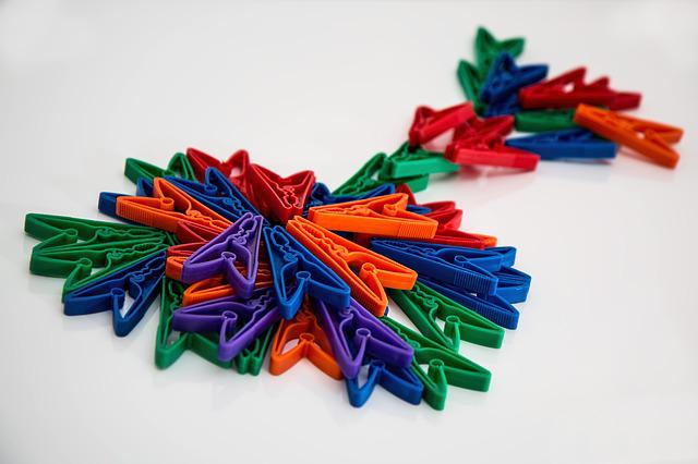 Clothes Pegs, Clothespins, Pegs, Laundry, Washing