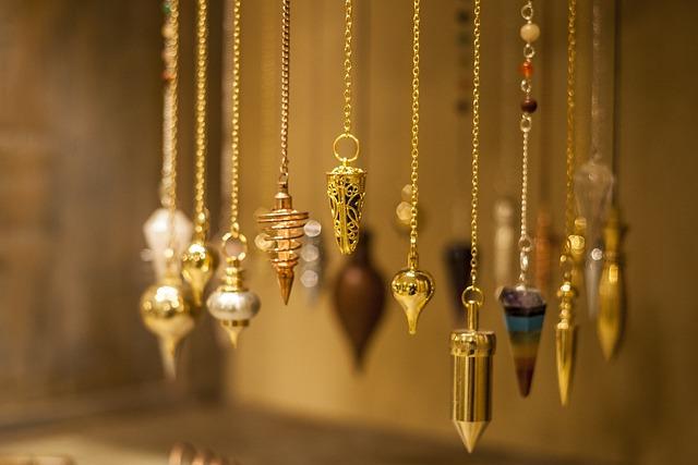 Pendule, Stones, Pendulous