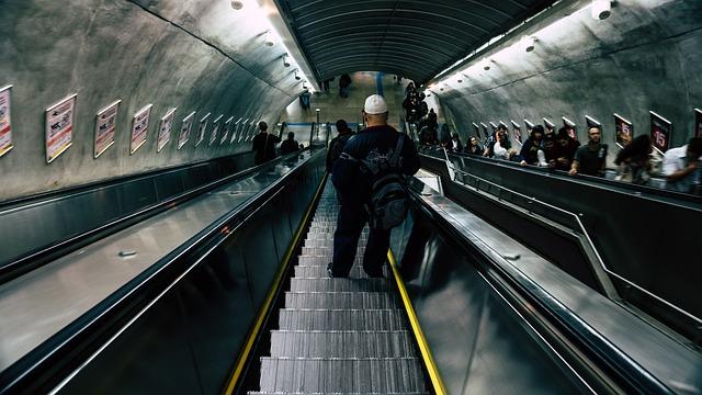 Commuter, Escalator, Motion, People, Reflection
