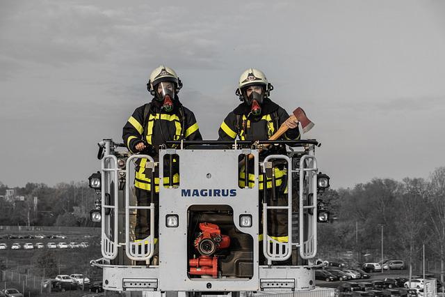 Vehicle, Truck, People, Emergency, One, Train