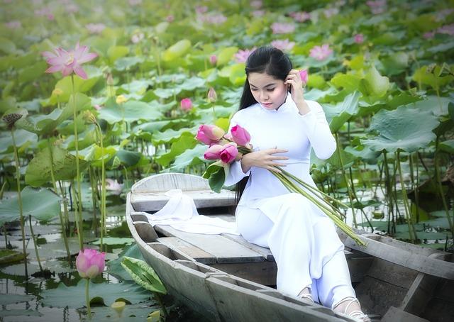 Thoai, Huy, Pham