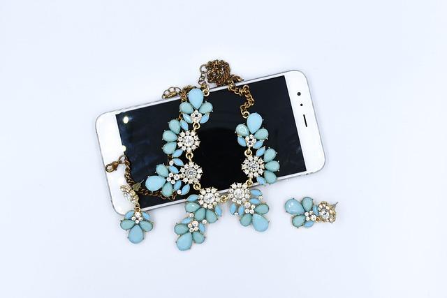 Gemstone, Jewelry, Fashionable, A Valuable, Gift, Phone