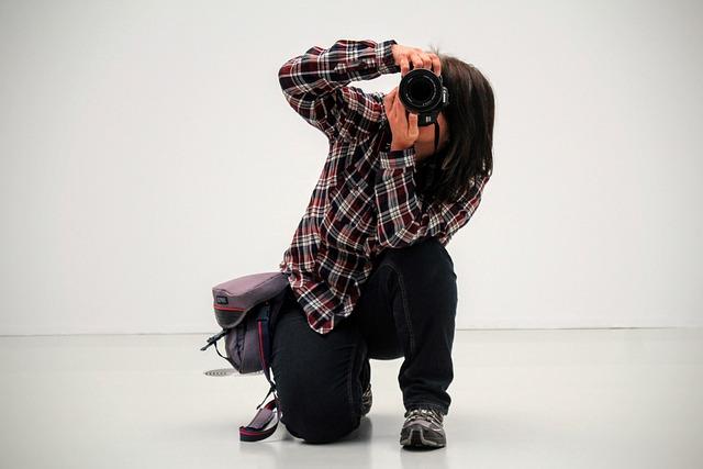 Photographer, Take A Snapshot, Photograph, Pose, Female