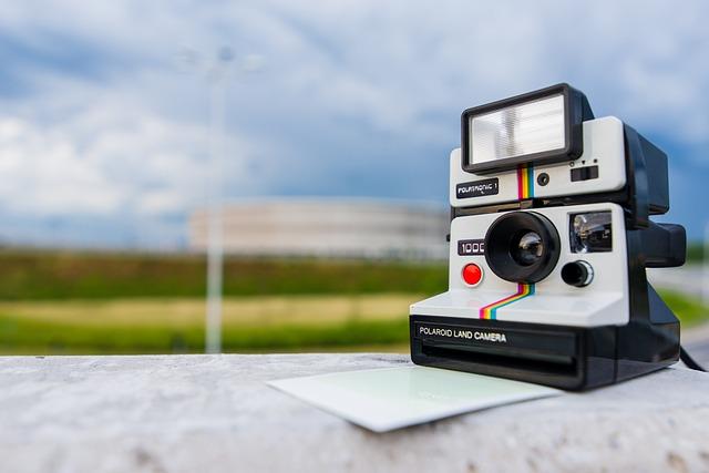 Polaroid, Camera, Photography, Technology, Photo, Paper