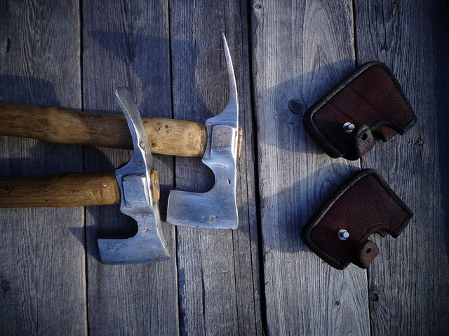 Pickel, Axe, Pickaxe, Camping Hatchet, Leather Sheat