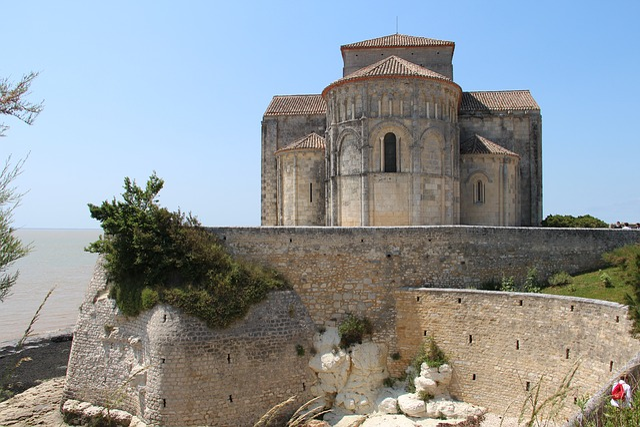 Talmont, Gironde Estuary, Church, France, Pilgrim