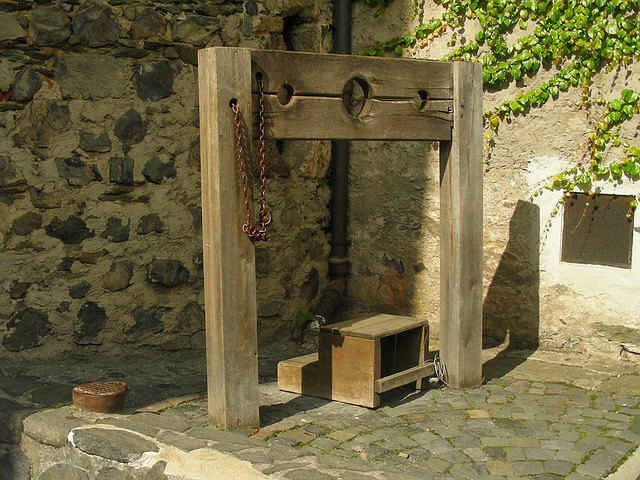 Pillory, Penalty, Peg, Middle Ages