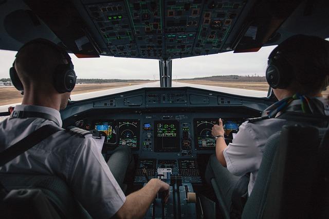 Cockpit, Pilot, People, Men, Airplane, Travel