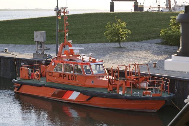Shipping, Seafaring, Pilot Boat, Pilot, Pilotage
