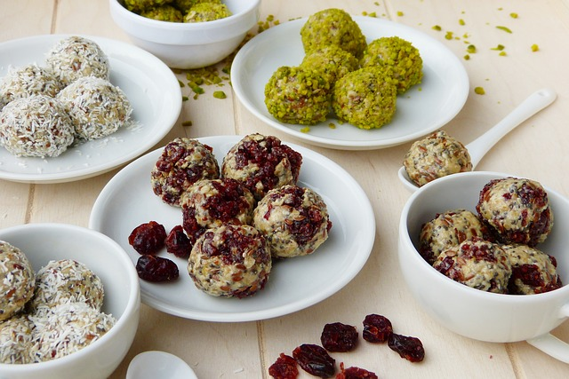 Energy Balls, Cranberries, Cranberry, Pistachios