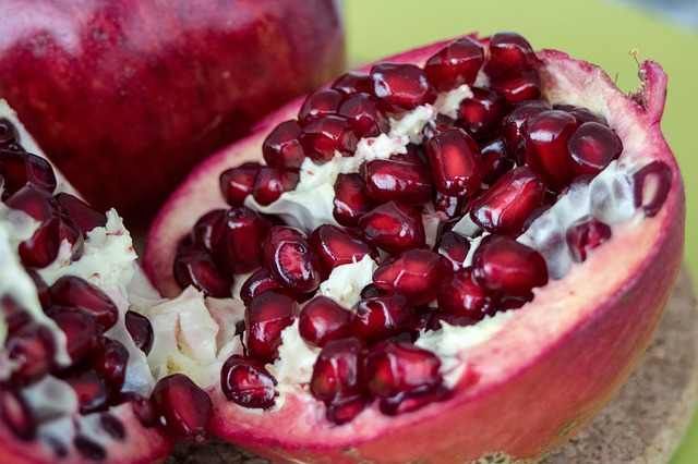 Fruit, Pomegranate, Red, Flavors, Sweet, Plant, Tasty