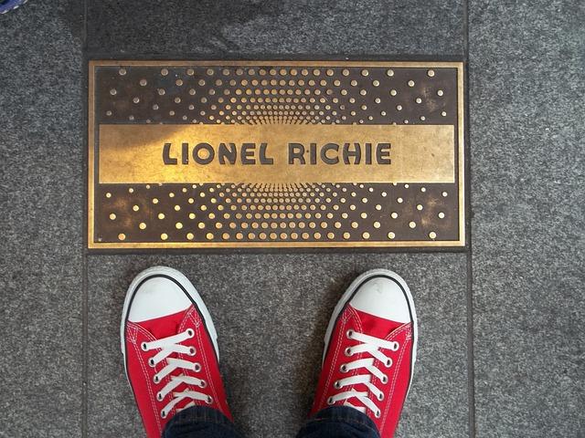 Plaque, Apollo Theater, Shoes, Singer, Lionel Richie