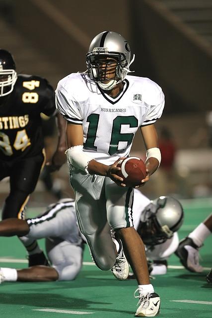 Quarterback, Running Back, Football, Player, Game, Ball