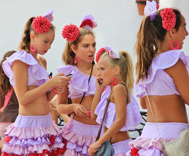 Child, Celebration, Human, Pleasure, Friendship, Girl
