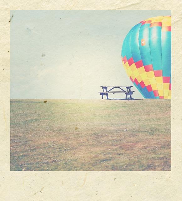 Polaroid, Polaroid Print, Handmade Paper, Bank, Balloon