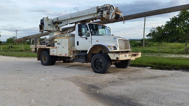 International, Truck, Pole Truck, White