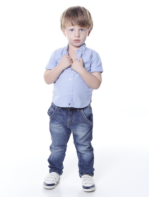 free photo young portrait small boy cute child looking max pixel