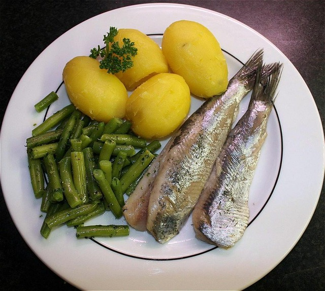 Herring, Maties, Fish, Potatoes, Beans