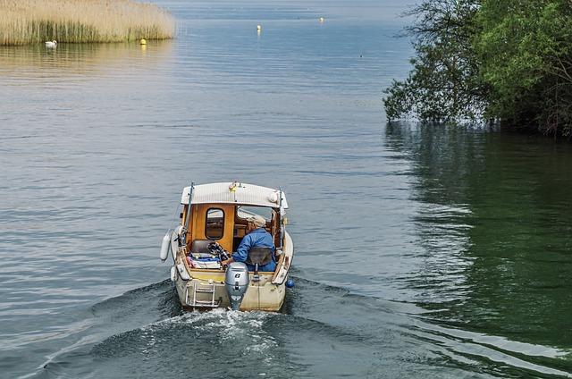 Boat, Powerboat, Fishing, Fisherman, Fishing Boat