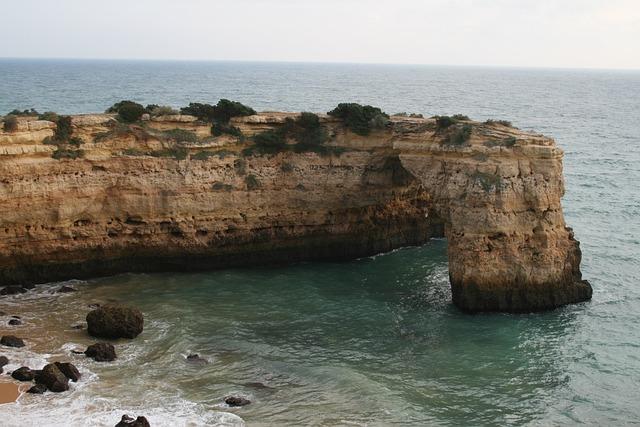Algarve, Praia Da Marinha, Arriba