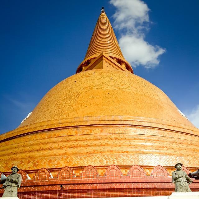 Lord, Prapathomjedi, Pagoda