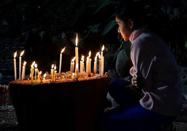 Prayer, Candle, Hot, Female, Woman, Body Massage