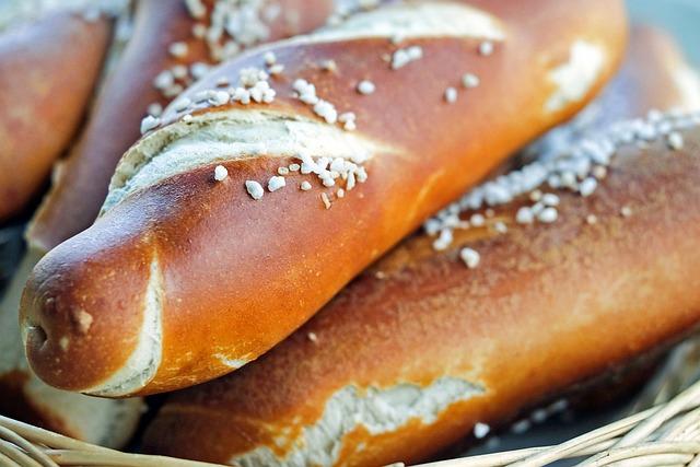 Pretzels, Fritters, Bavarian, Baked Goods, Food