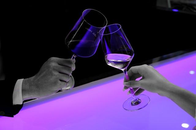 Abut, Prost, Glasses, Wine, Wine Glasses, Hands, Man