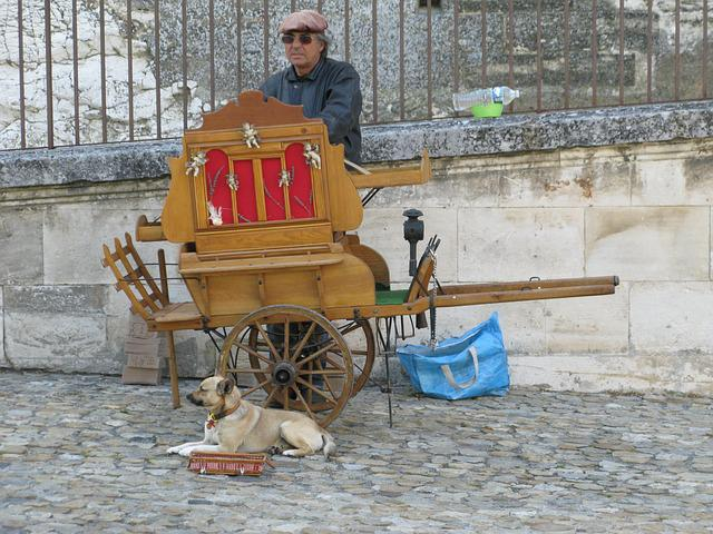 Provence, Street Organ, Street Art