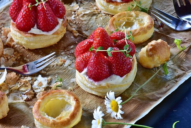 Strawberry Cake, Strawberries, Puff Pastry