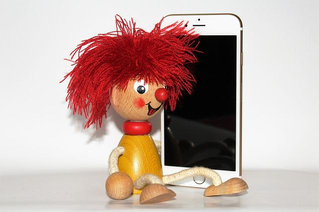 Iphone, Pumuckl, Holzfigur, Toys, Fig, Wood Doll, Funny