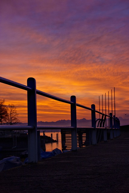 Promenade, Railing, Lake Promenade, Sunrise, Morgenrot