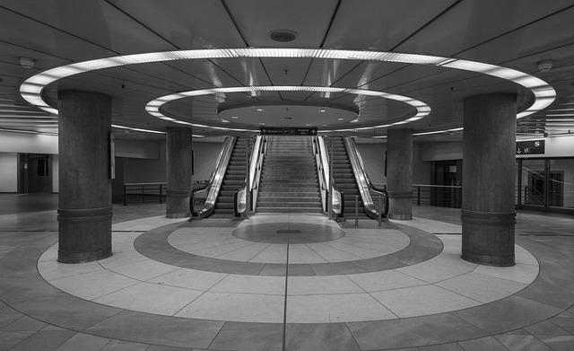 Stuttgart, Railway Station, Airport, Underground