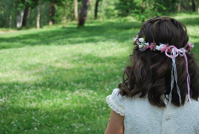 Girl, Communion, Garden, Romantico, Rear View, Hair