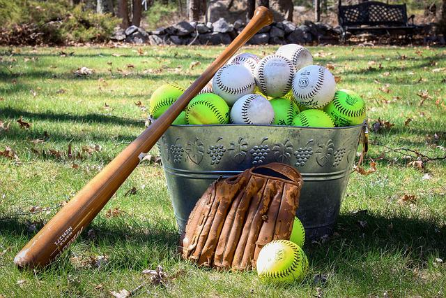 Ball, Grass, Game, Sport, Recreation, Softball, Leisure