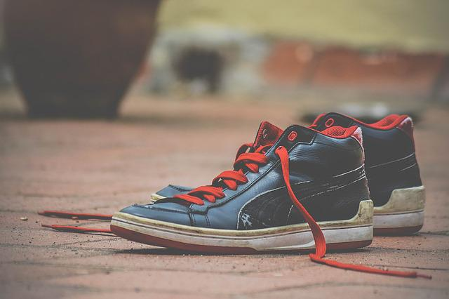 Shoes, Shoelaces, Red, Black, Deck Shoes, Footwear