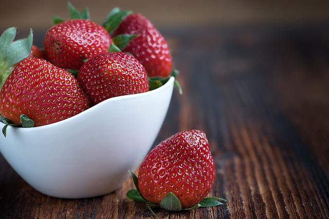 Strawberry, Fruit, Bowl, Food, Berry, Red Fruit
