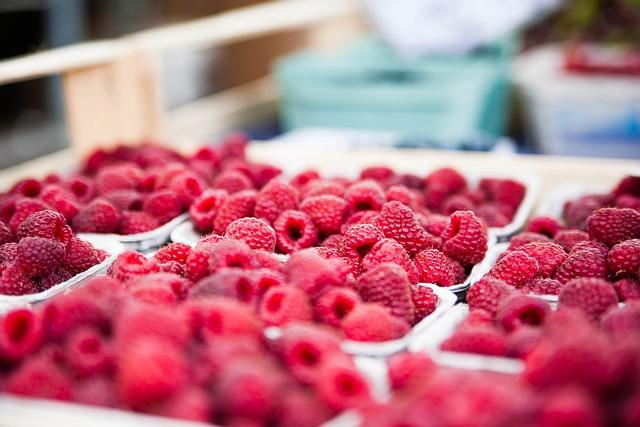 Raspberries, Red, Berries, Sweet, Fruits, Fruit, Food