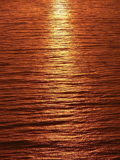 Streak, Light, Sunset, Reflected, Calm Sea, Sea