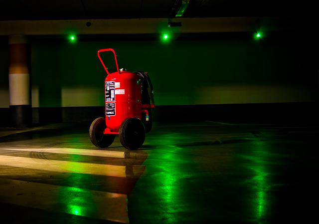 Graphics, Fire Extinguisher, Green, Red, Reflections