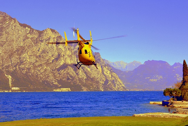 Helicopter, Takeoff, Rescue, Emergency, Lake, Take Off