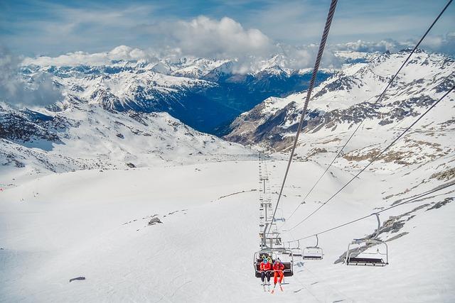 France, Ski Life, Gondola, Resort, Winter, Snow