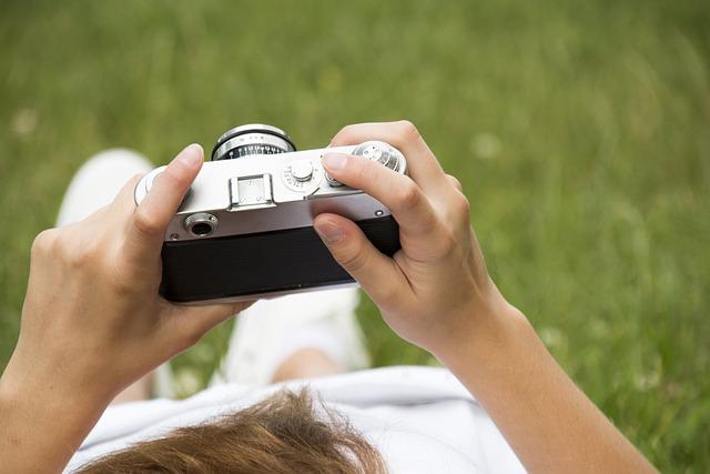 Camera, Old, Retro, Holds, Travel, Idea, Photo